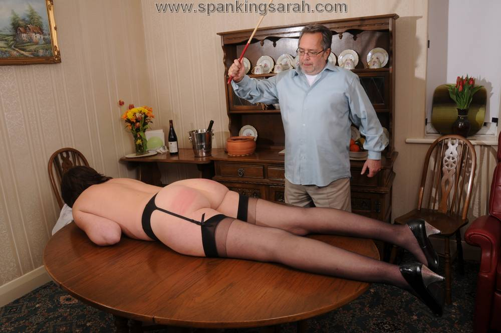 Spanking and blowjob